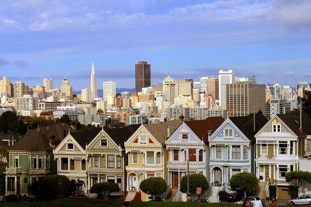 The 6 Best Cities for a Walking Tour